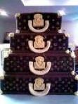 louis-vuitton-luggae-cake