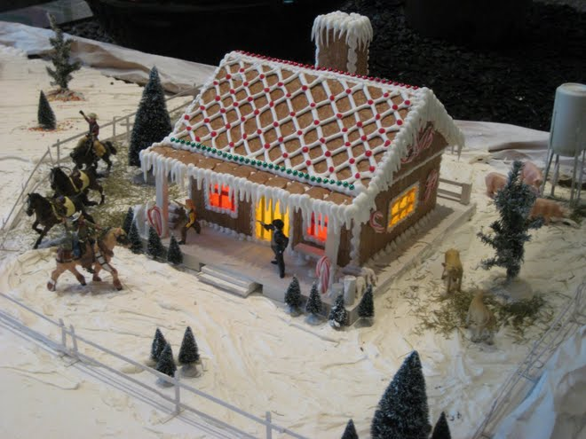 Texas Gingerbread House Wild West
