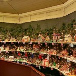 Peddlers Village Gingerbread House Display